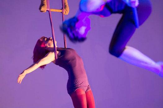 Tangle performing Break/Drift/Resist, photo by Anne Saint Peter