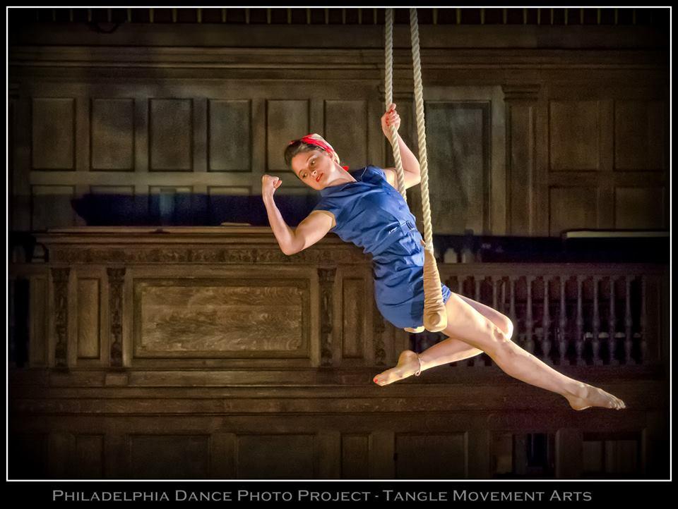 Tiffany Holder performing Invert! Photo by Juan Irizarry/Philadelphia Dance Photo Project