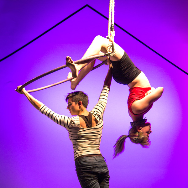 In Transit- new circus-theater in the 2019 Philly Fringe
